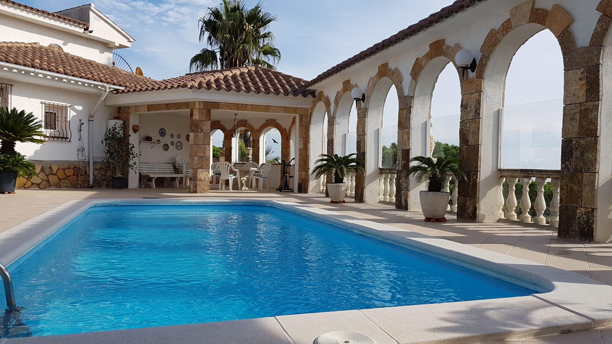 Magnífica villa Schneider en Tossa de mar